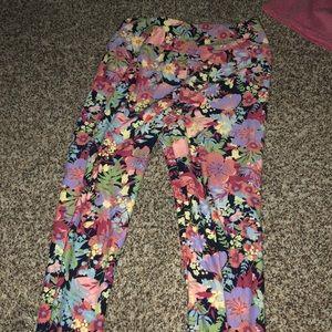 Lularoe OS floral legging
